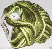 Frilly Scarf Yarn
