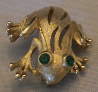 Frog Feet Costume (Crown Trifari Goldplated Frog Pin Green Eyes Etched Textured Body Webbed)