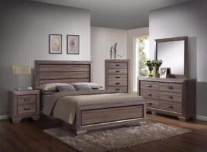 6 PC QUEEN SIZE CREAM OAK BEDROOM SET $898