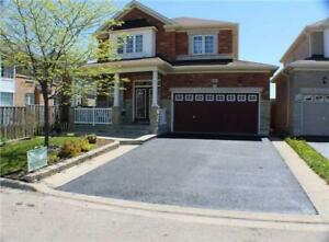 GORGEOUS 4Bedroom Detached House in BRAMPTON $800,000ONLY