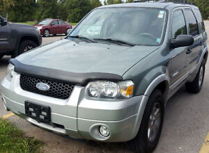 2007 FORD ESCAPE XLT MINT CONDITION V6