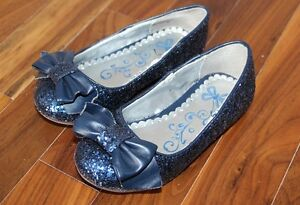 Toddler shoes and sandals size 8 St. John's Newfoundland image 3