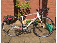 Men's Giant Defy 4 Road Bike (small)