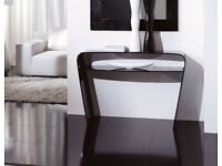 Modern Unico Sagoma Glass Console Table in Black Glass RRP £869.99 40% OFF
