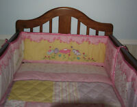 Crib / Bed Bedding / Winnie the Pooh Musical Mobile