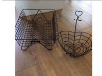 Dish drainer and fruit bowl