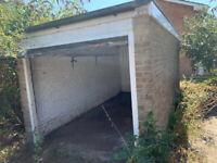 Lock up garage to rent Stroud Green Drive, Bognor Regis, PO21 5SY