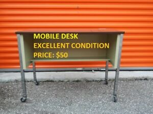Mobile Desk, Excellent Condition, Cheap Price!