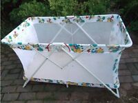 Big and pretty play pen/travel cot