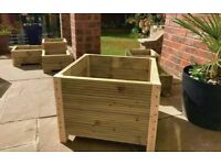 LARGE GARDEN PLANTER ONLY £30