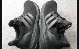 Adidas Ultra boost triple black 2.0