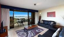 Beachfront Accommodation sleeps 4 people Golden Beach Caloundra Area Preview