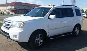 2010 Honda Pilot Touring FULLY LOADED