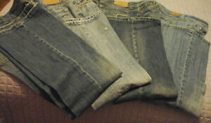 NEW PRICE- AMERICAN EAGLE jeans