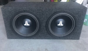 """2 , 10"""" JL SPEAKERS IN BOX WITH JL AMP INCLUDED"""