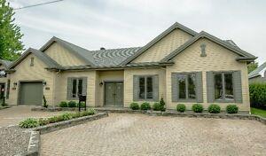 résidentiel et commercial maison a vendre St Rémi - 25019022