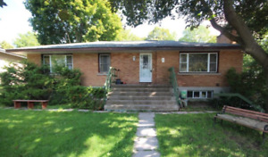 POWER OF SALE / BEING SOLD AS IS HOUSE FOR SALE IN OTTAWA
