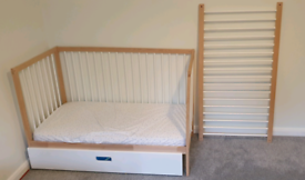 Mokee mini cot and drawer