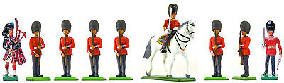 Britains Scots Guards Present Arms, 2 Officers and Piper - Painted Toy Soldiers