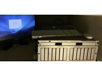 Apple Xserve 1.1 (2006) server 1u rack with keyboard and install discs (see details)