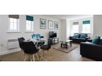2 bed luxury apartment, close to transport all amenaties shops supermarkets, luxury furnished