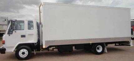 Local Cheap Movers Brisbane - 75$ Truck with 2 Men