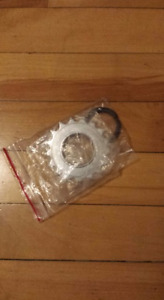 Cassette single speed 3/32 17 dents neuve