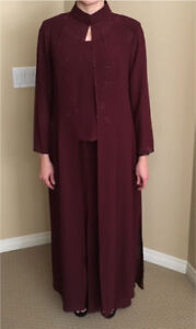 Mother-Of-The Bride/Groom Dress ( approx size 12)
