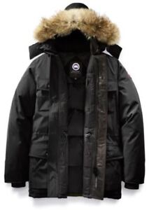 Canada Goose Banff Parka in Black - Excellent Condition