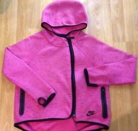 GIRLS CERISE PINK NIKE HOODY - AGE 10-12 YEARS
