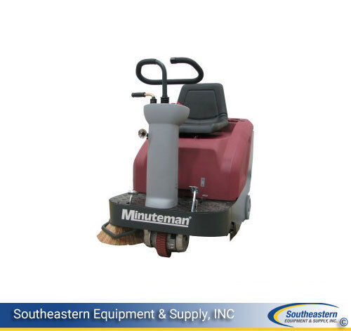 New Minuteman Kleen Sweep 32R Rider Sweeper