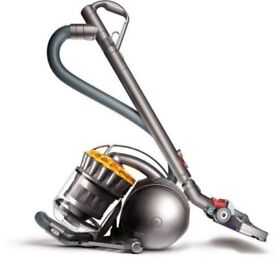 Dyson dc39 bagless ball hoover very powerful. Clean condition