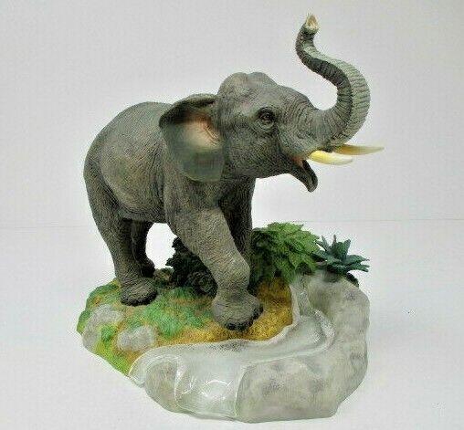 "LENOX Smithsonian ""The Asian Elephant"" 2000"