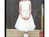 Girls bridesmaid / party dress age 11-12