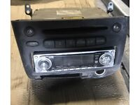 Toyota Yaris stereo and CD player