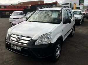 2006 Honda CR-V 2005 Upgrade (4x4) White 5 Speed Manual Wagon Cardiff Lake Macquarie Area Preview
