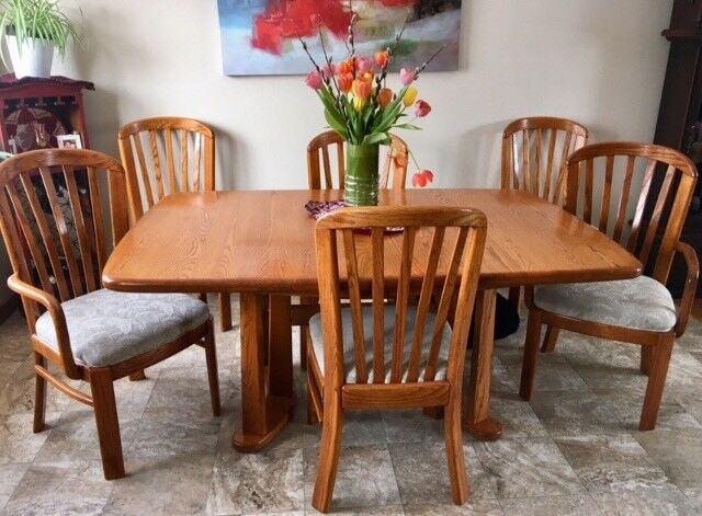 Solid Oak Dining Room Table Chair Set