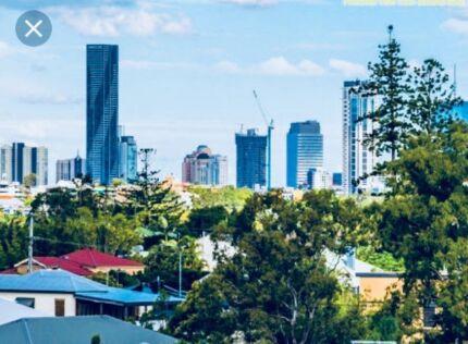 Gem inner city living 5 by 3 bedroom house 10mins from CBD. Views