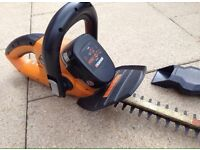 Worx 18v Cordless Hedge Trimmer