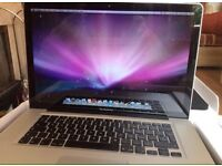 Apple Mac book pro 15.4