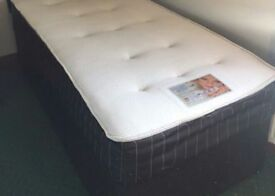 Double bed good clean condition call 07432401565 for delivery
