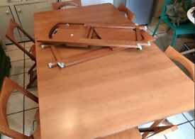 8 Folding Chairs Calligaris Olivia Brand - Includes Expandable Table for FREE