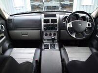 Dodge Nitro SXT (Auto)