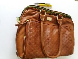 Elegant Patrick Cox leather handbag