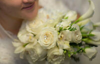 Wedding flowers for cheaper, affordable bridal bouquets