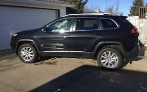 Jeep Cherokee    Awd warranty