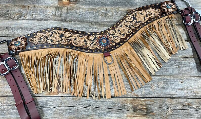 """Handmade NEW Natural Two Tone Tripping Breast Collar 32"""" x 4"""" Wide With Conchos!"""