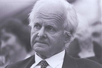 Foto CARL FRIEDRICH VON WEIZSÄCKER - SW Pressefoto Aufnahme von 1985 - Physiker