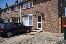 3 bed West Sussex for 3 bed Hampshire