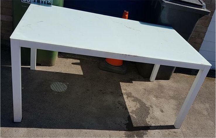 glass and metal garden table free to collect - Garden Furniture Yate